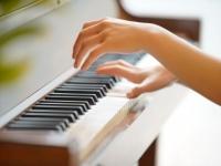 ピアノが弾けない!苦手な保育士必見のピアノ上達方法