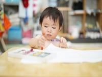子どものお絵かきの力を伸ばすには?発達段階・声掛けのポイントを紹介!