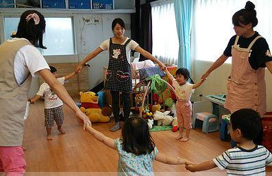 [西荻窪 一時預かり]地域の子育て支援施設でのお仕事です♪子育て経験のある方大歓迎です!地域に貢献できてやりがいもばっちり!