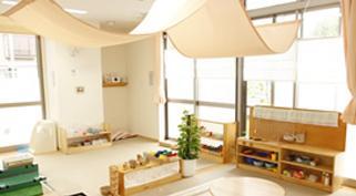 [勝どき 認可]定員45名の認可保育園です♪家庭的な環境で、子ども達と落ち着いて過ごせる環境です!上京者の方には社宅制度あり◎賞与は年3カ月分!
