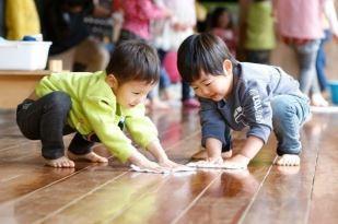 [清瀬 認可園]意欲ある子どもを育てる「体験型保育」を行っています!子どもたちと一緒に成長したい保育士さん募集☆福利厚生充実で風通しの良い職場です♪年間休日125日◎