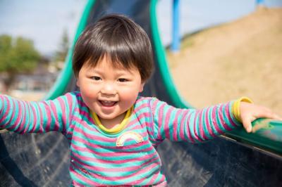 [千代田 認可]0~2歳・少人数制保育室★シフト18:30まで★福利厚生充実★あたたかい環境の中で保育ができます♪