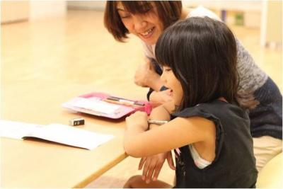[桜新町 認可]保育園と学童と有料老人ホームが1つになった世代を超えた人と人との温かなつながりが生まれるお家です♪週2日~1日3時間~シフト制での勤務です