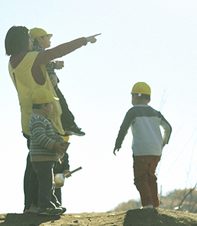 [東中神 事業所内]子どもたちのにんげん力を育てる事業所内保育所!園児定員15名☆製作好きの方やスキルを磨きたい方にオススメ☆福利厚生充実です♪年間休日125日☆彡