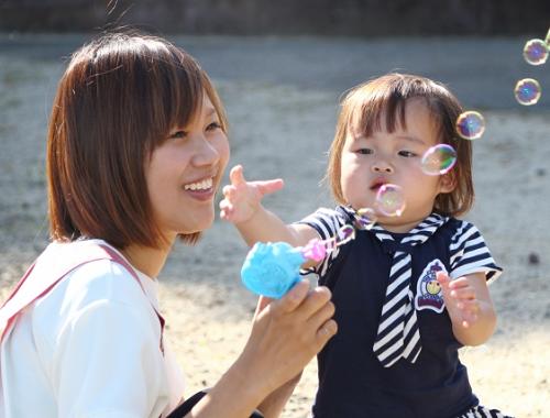 [松阪 事業所内]園児定員10名の小規模園☆18:30までの開園時間でプライベートも充実♪