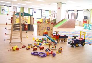 [天神橋筋六丁目 認可]スタッフも感動し、成長できる保育園☆各種手当充実!託児所もあり♪残業ほぼ無しの働きやすい環境です◎